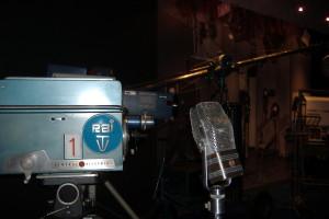 Una telecamera  e un microfono d'altri tempi