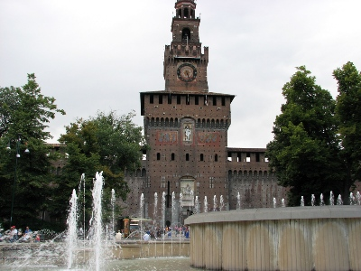 Piazza Castello pedonalizzata: dubbi, critiche, proposte