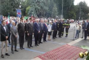 Autorità istituzionali alla cerimonia di commemorazione