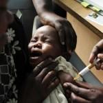 Via libera al primo vaccino contro la malaria per bambini