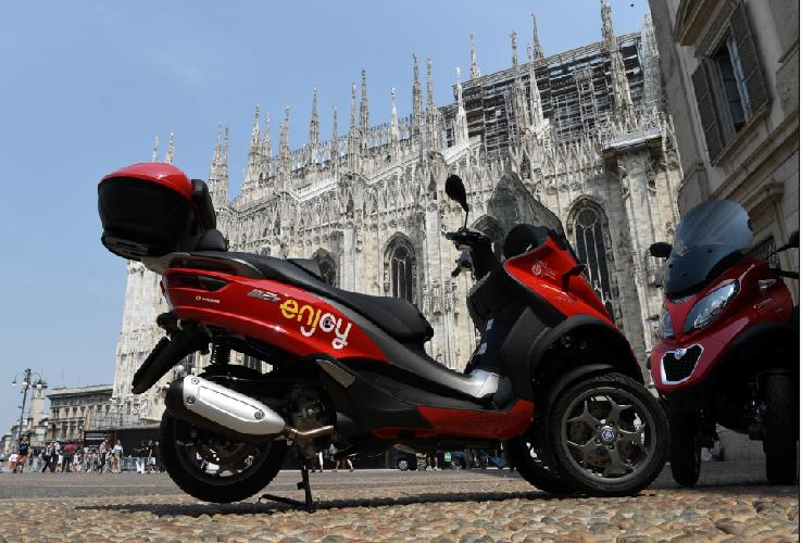 A Milano il primo scooter sharing Enjoy