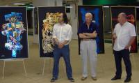 Il Maestro Mario Bernardinello con il critico d'arte Gian Luigi Guarneri e Guido M. Poggiani, curatore dell'evento