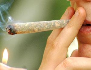 LEGALIZZARE LE DROGHE LEGGERE. LO STATO CI GUADAGNA
