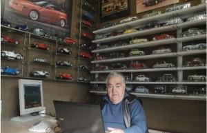 Franco Franco nel suo ufficio
