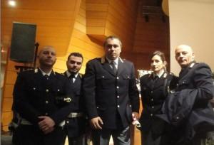 Il Questore Antonio D'Urso e i suoi Agenti