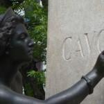ALCUNE ANNOTAZIONI SUL MONUMENTO DEDICATO A CAVOUR
