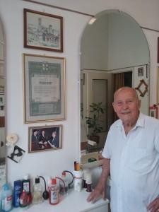 Il parrucchiere Giuseppe Ferraro
