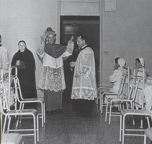 Il Cardinale G.B. Montini visita l'Istituto L. Palazzolo