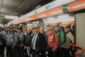 Il Generale degli Alpini Enrico Mellano e il suo gruppo.