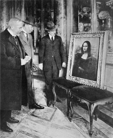 9.-La-Gioconda-ritrovata-a-Firenze-ed-esposta-nel-dicembre-1913-483x590