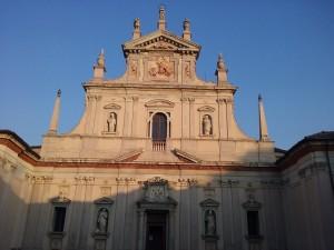 La facciata della Certosa di Milano