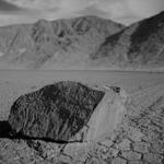 Parole come pietre: riflessioni dopo il suicidio del professore di Napoli