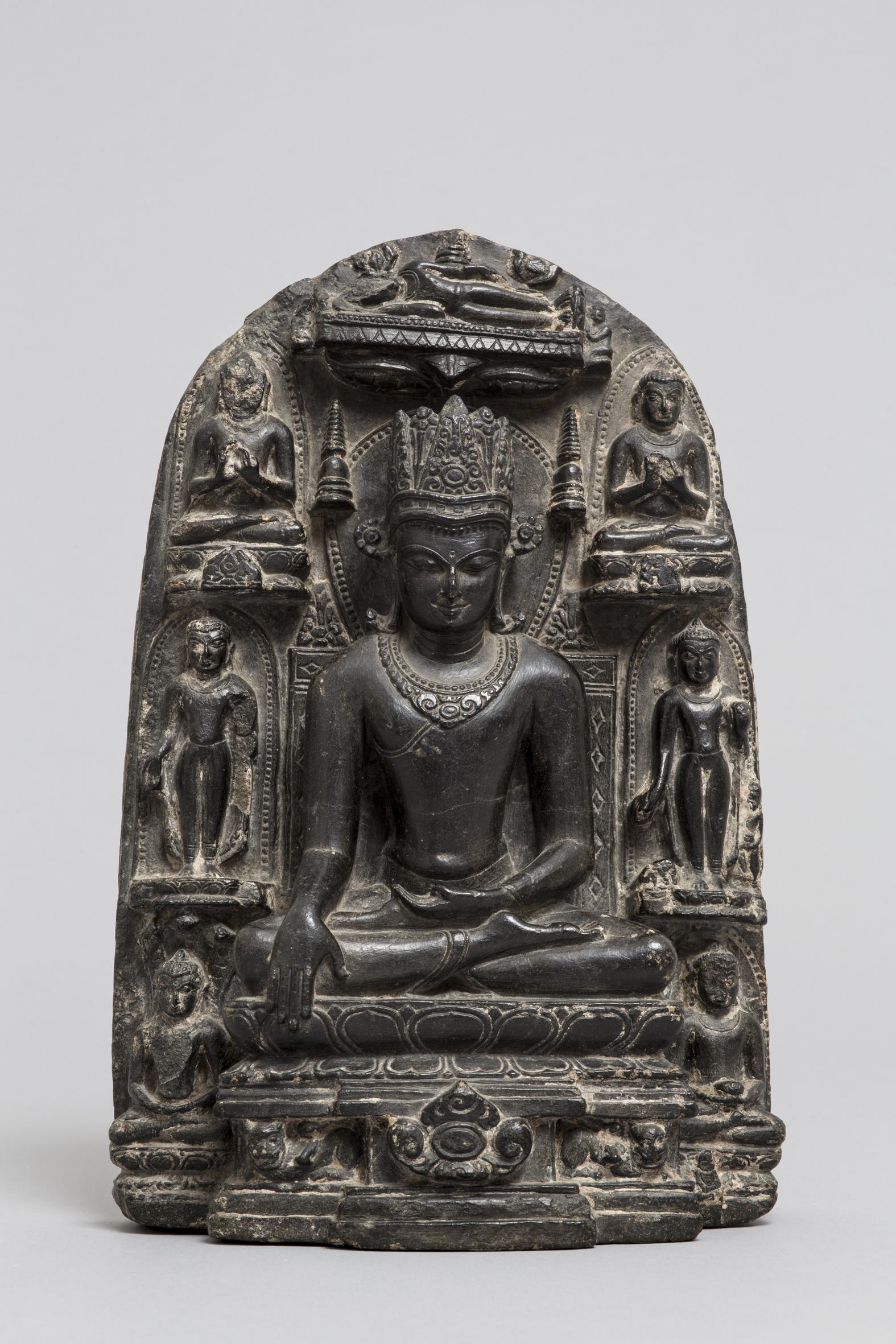 65. Budda incoronato e storie della sua vita