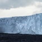 UN ICEBERG GIGANTESCO